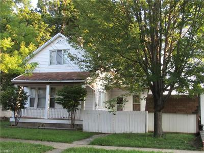 Cleveland Single Family Home For Sale: 3212 Riverside Ave