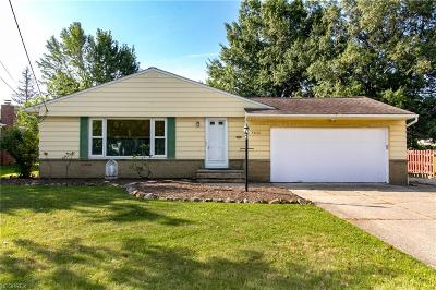 Highland Heights Single Family Home For Sale: 5836 Wilson Mills Rd