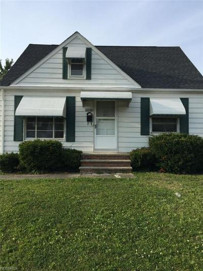 Maple Heights Single Family Home For Sale: 20913 Franklin Rd
