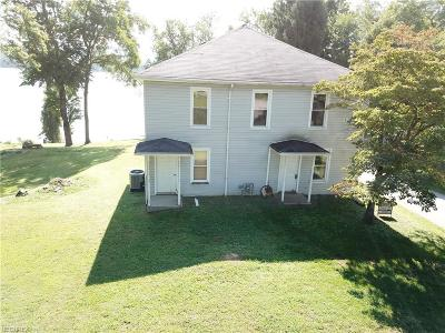 Little Hocking Single Family Home For Sale: 724 Old River Rd