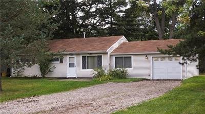Brunswick Single Family Home For Sale: 1864 Pinewood Dr