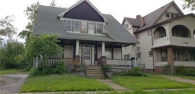 Cleveland Multi Family Home For Sale: 11409 Ohlman Ave