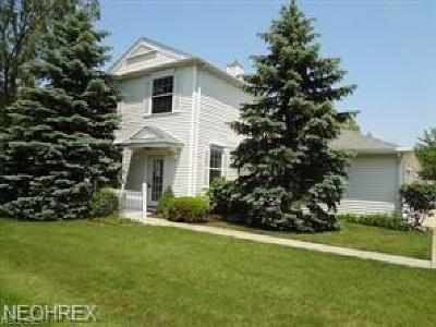 Olmsted Falls Condo/Townhouse For Sale: 26171 Hawthorne Ct #1A