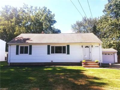 North Olmsted Single Family Home For Sale: 4108 Root Rd