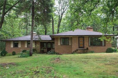 Brecksville, Broadview Heights Single Family Home For Sale: 6304 East Sprague Rd