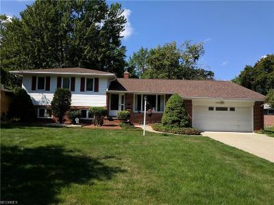 Richmond Heights Single Family Home For Sale: 744 Radford Dr