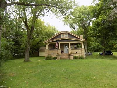 Medina OH Single Family Home For Sale: $160,000