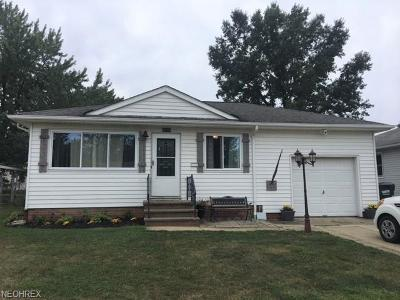 Willowick Single Family Home For Sale: 30208 Gebhart Pl