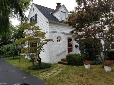 Rocky River Single Family Home For Sale: 392 Cornwall Rd