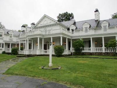 Gates Mills Single Family Home For Sale: 1200 West Hill Dr
