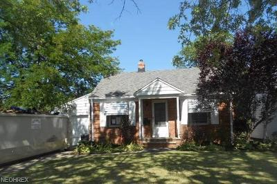 Willowick Single Family Home For Sale: 315 East 326th St
