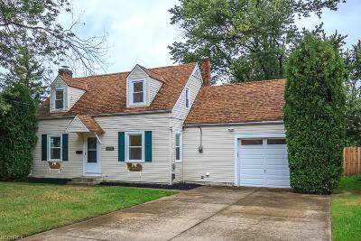 Willoughby Single Family Home For Sale: 38557 Courtland Dr