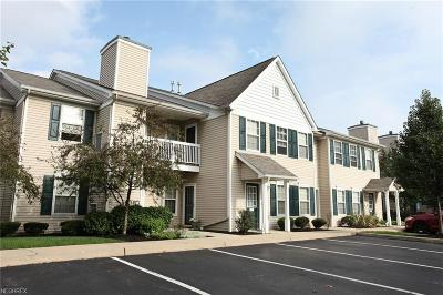 Westlake Condo/Townhouse For Sale: 28340 Center Ridge Rd