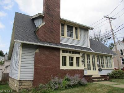 Wadsworth Single Family Home For Sale: 186 College St
