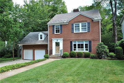 South Euclid Single Family Home For Sale: 1883 Temblethurst Rd