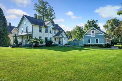 Cuyahoga County Single Family Home For Sale: 438 East Washington St