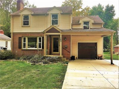Boardman Single Family Home For Sale: 765 Wildwood Dr