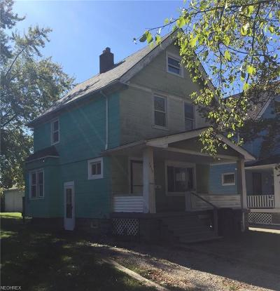 Cleveland Single Family Home For Sale: 7812 Force Ave