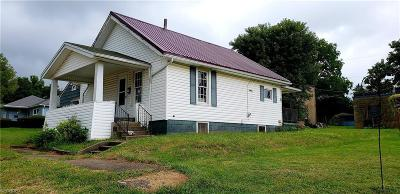 Muskingum County, Perry County, Guernsey County, Morgan County Single Family Home For Sale: 618 North 4th St