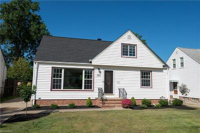 Willowick Single Family Home For Sale: 390 High Tee St