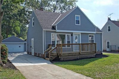 Willowick Single Family Home For Sale: 30020 Fern Dr