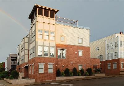 Cleveland Condo/Townhouse For Sale: 10937 Detroit Avenue