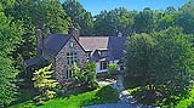 Hunting Valley Single Family Home For Sale: 38795 South Woodland Rd