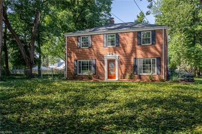 Willoughby Single Family Home For Sale: 36313 Ridge Rd
