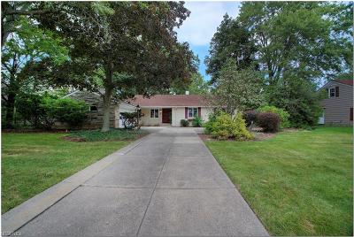 Shaker Heights Single Family Home For Sale: 23951 Hazelmere Rd