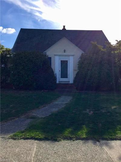 Willowick Single Family Home For Sale: 346 East 326th St