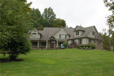 Geauga County Single Family Home For Sale: 12800 Keystone Ln