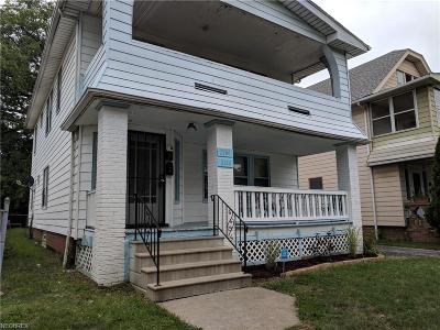 Lakewood Multi Family Home For Sale: 2168 Clarence Ave