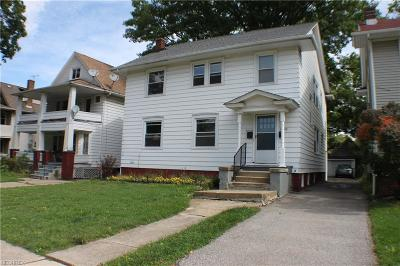 Lakewood Multi Family Home For Sale: 1561 Warren Rd