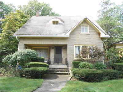 Single Family Home For Sale: 17520 Dartmouth Ave