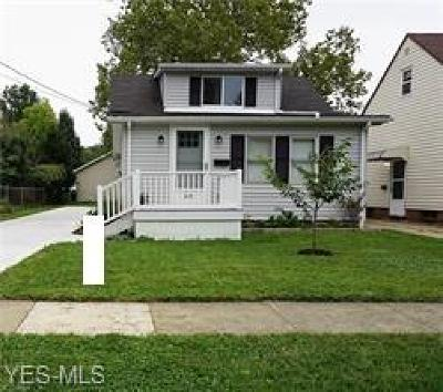 Wickliffe Single Family Home For Sale: 1601 Mapledale Rd
