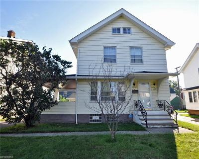 Lakewood Single Family Home For Sale: 2019 Wyandotte Ave