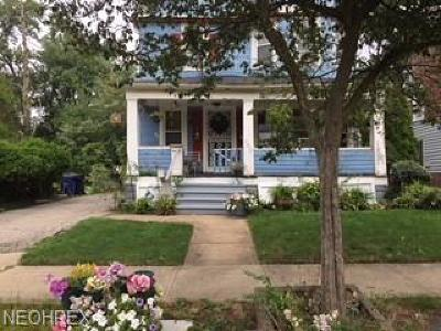 Cleveland Single Family Home For Sale: 9513 Heath Ave
