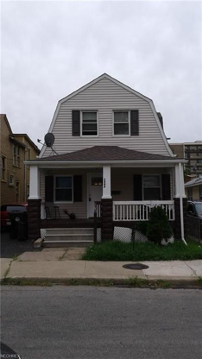 Single Family Home For Sale: 1344 West 67th St