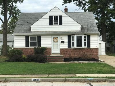 Willowick Single Family Home For Sale: 30119 Harrison St