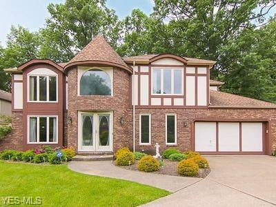 Single Family Home For Sale: 3818 Willow Run