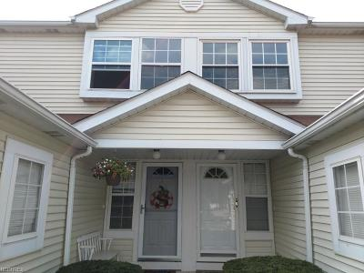 Willoughby Condo/Townhouse For Sale: 1270 Leeward Ln #B