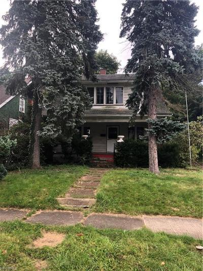 Poland Single Family Home For Sale: 1665 Weston Ave