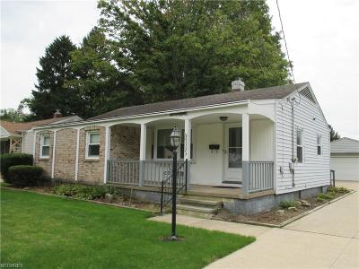 North Olmsted Single Family Home For Sale: 23323 Westchester Dr