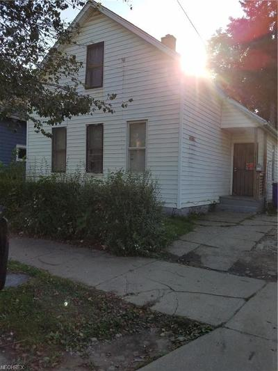 Cleveland Single Family Home For Sale: 3734 East 61st St