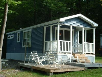 Hubbard Single Family Home For Sale: 40 Hubbard Haven