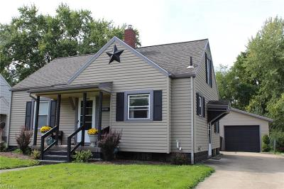 Alliance OH Single Family Home For Sale: $105,900