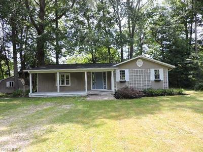 Austinburg OH Single Family Home For Sale: $62,900