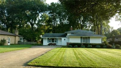 North Olmsted Single Family Home For Sale: 28063 Wisteria Dr