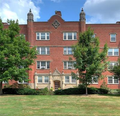 Cleveland Condo/Townhouse For Sale: 13615 Shaker Blvd #3B & 2B