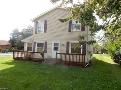 Mentor Single Family Home For Sale: 9074 Lake Overlook Dr